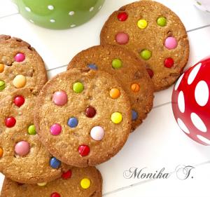 Cookies mit Schokolade und Smarties