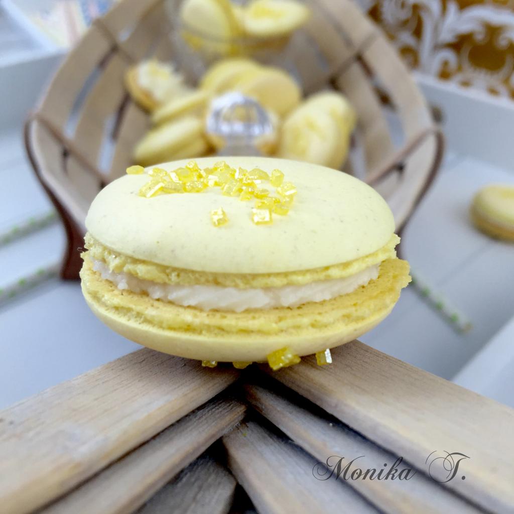 Macarons im gelb