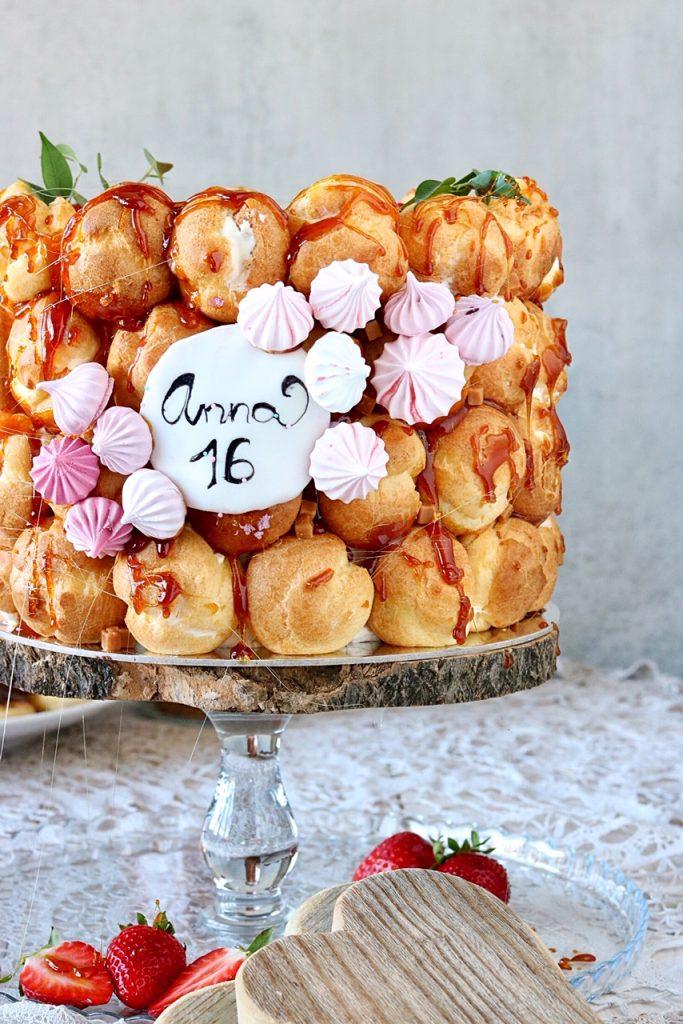 Windbeutel Torte zum Geburtstag